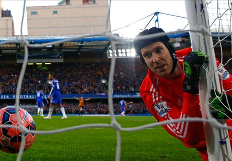 Chelsea must clean up cup mess - Cech