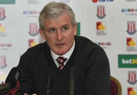 Hughes in talks over new Stoke deal