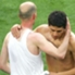 En su último partido con Real Madrid, Zizou eligió cambiar su camiseta con Román
