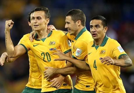 Socceroos beat UAE to reach final