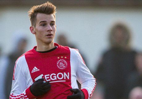Ajax Ikat Talenta Muda Republik Ceko