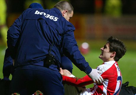 Bojan out for season with knee injury