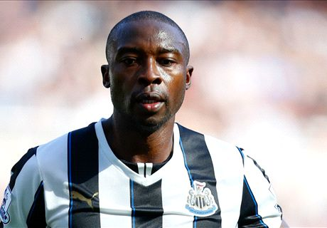 Crystal Palace sign free agent Ameobi