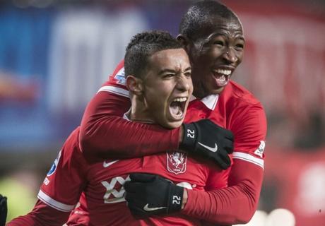 Laporan: FC Twente 3-0 AZ Alkmaar