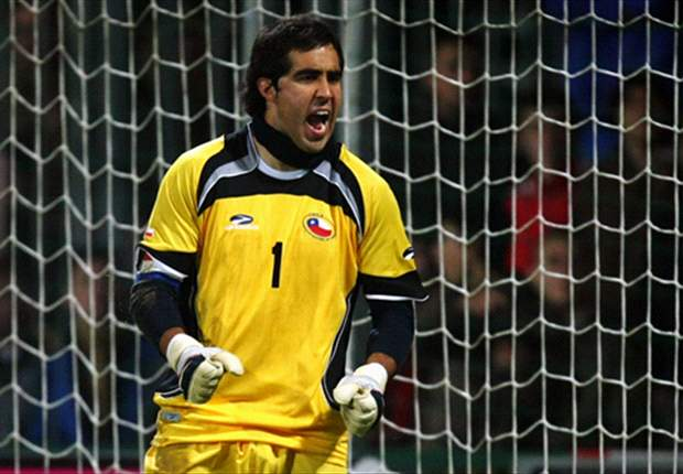Claudio Bravo: Mi sueño es terminar mi carrera en la Real Sociedad