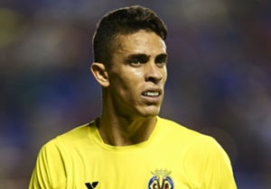 Gabriel Paulista, Villarreal to Arsenal | Arsene Wenger has moved to strengthen his defence after Mathieu Debuchy dislocated his shoulder, bringing in the versatile Brazilian defender.