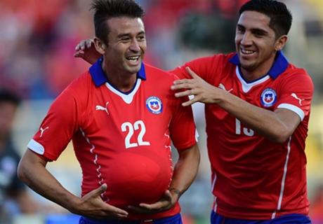 Chile arrancó el 2015 con victoria