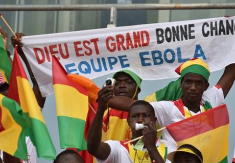 Guinea & Traore durch Los weiter