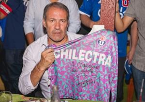 Sergio Vargas y su camiseta histórica