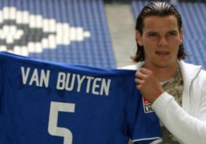 Daniel van Buyten | 2004 | für 3,8 Millionen Euro von Olympique Marseille zum Hamburger SV | Der Fels in der Brandung: Daniel van Buyten holte Beiersdorfer aus Frankreich zum HSV und der Belgier gehörte lange Zeit zu den besten Innenverteidigern der Li...