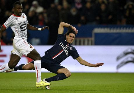 Cavani display not good enough - Blanc