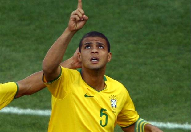World Cup 2010: Netherlands - Brazil Official Line-Ups: Felipe Melo Gets The Nod For Selecao