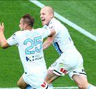 Mooy worsens Wanderers' woes