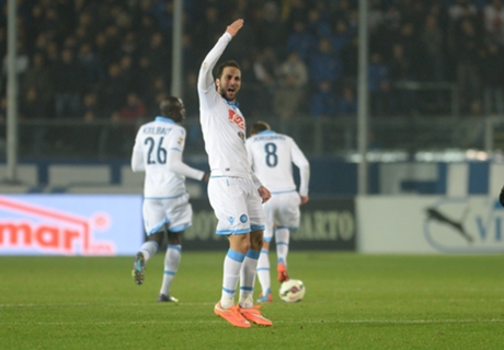 Serie A: Chievo 1-2 Nápoles