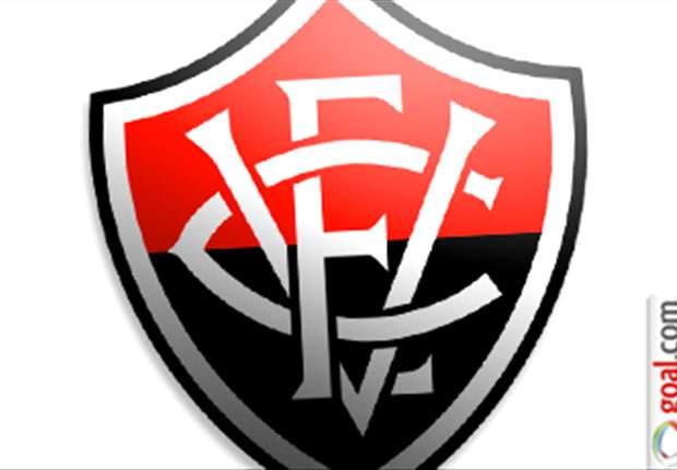Renan rescinde com o Vitória e pode jogar no futebol Português