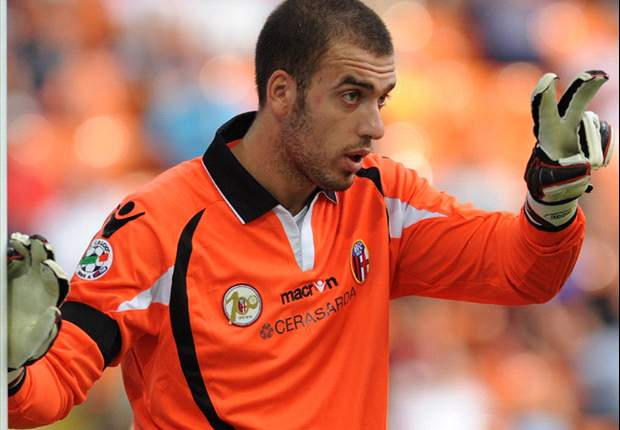 Arsenal Join Race To Sign Bologna Goalkeeper Emiliano Viviano - Report