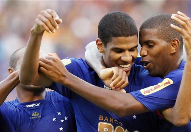 Leonardo Silva é relacionado para um jogo pela primeira na temporada