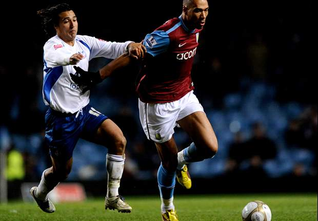 Aston Villa's John Carew: Martin O'Neill's half-time rollicking helped us come back against Reading