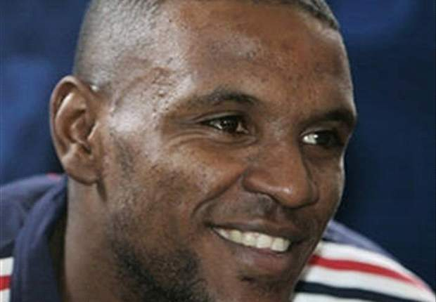 Abidal returns to France squad for Belgium friendly