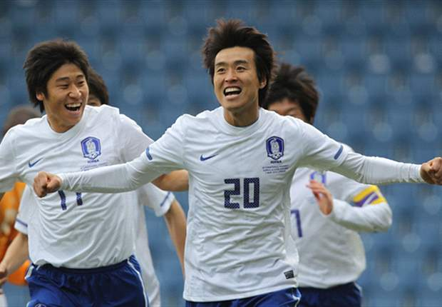 Recalled Korea striker Lee Dong-Gook says he could play at the 2014 Fifa World Cup