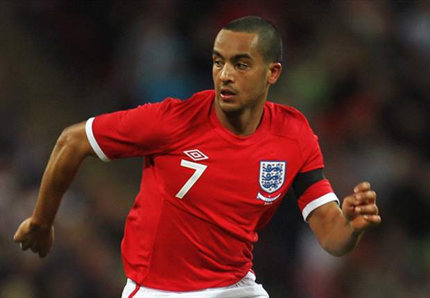 Alan Hansen: Arsenal winger Theo Walcott needs to improve his 'football brain'