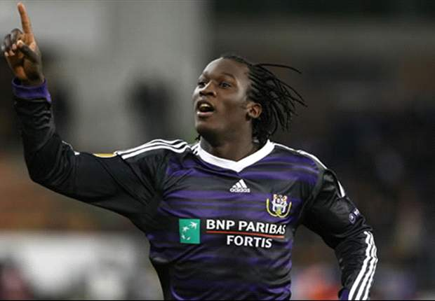 Didier Drogba called Anderlecht wonderkid Romelu Lukaku about Chelsea move - report