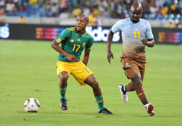 Lebohang Mokoena looks set to extend his stay at Sundowns