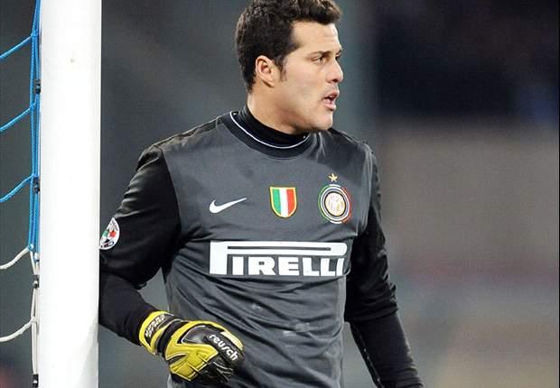 Brasileiros jogam mal e não impedem derrota da Inter no clássico italiano