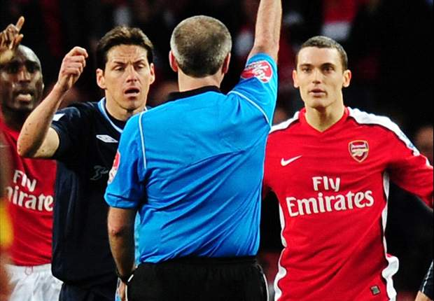 Arsenal appeal Thomas Vermaelen's red card received in Premier League game against West Ham United