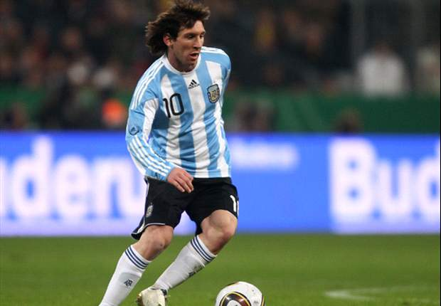 World Cup 2010: Argentina star Lionel Messi admits he's embarrassed to watch himself play