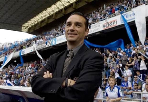 José Luis Oltra no cree que haya un clan portugués en el vestuario del Deportivo