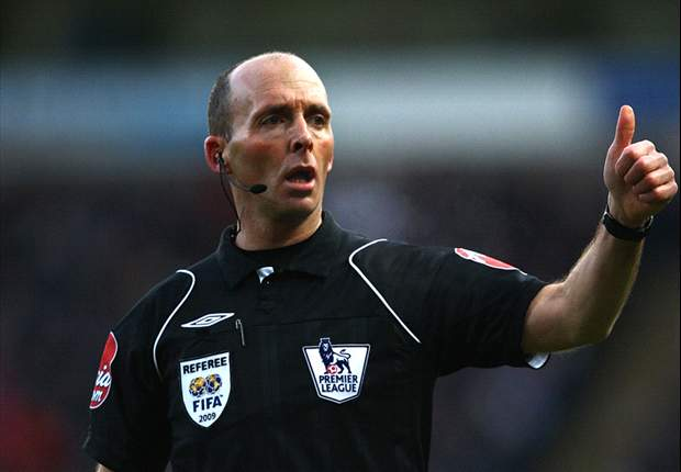 Mike Dean Pimpin Derby Manchester