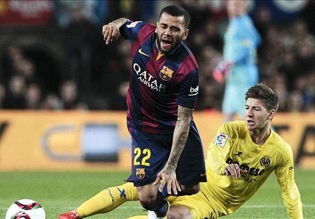 Should Barca offer Alves a new deal?