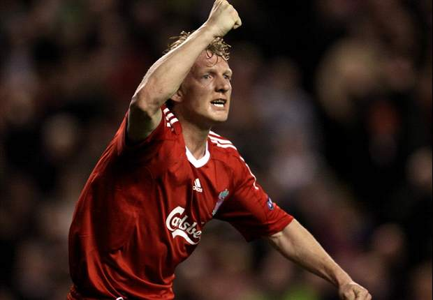 Dirk Kuyt would welcome Luis Suarez's arrival at Liverpool