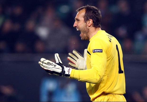 Fulham Boss Mark Hughes Insists That He Will Not Sell Mark Schwarzer To Arsenal