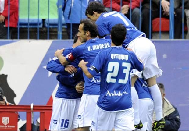 Aficionados del Xerez apedrean a los futbolistas de su equipo