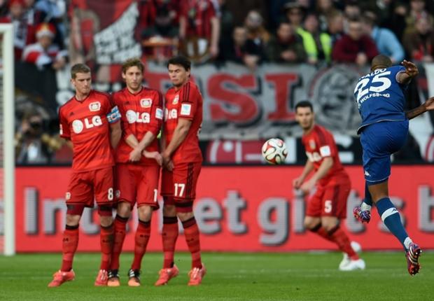 Naldo traf gegen Bayer Leverkusen mit einem Freistoß aus 40 Metern
