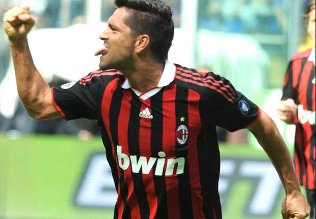 Rumoured interest from Manchester United in AC Milan's Marco Borriello is flattering & we'll see what happens - agen