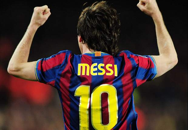 Barcelona Star Lionel Messi Wins The Trofeo Alfredo Di Stefano