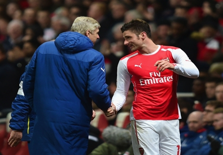 Wenger: Giroud a 'different player'