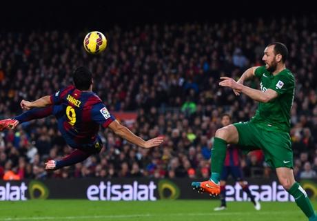 Luis Enrique: Suarez 'a pure striker'