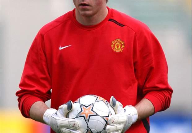 TEAM NEWS: Tomasz Kuszczak Replaces Edwin Van Der Sar In Goal For Manchester United At West Ham