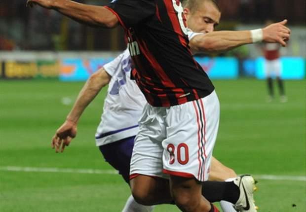 Ronaldinho & Milan Strain Over New Deal Talks - Report