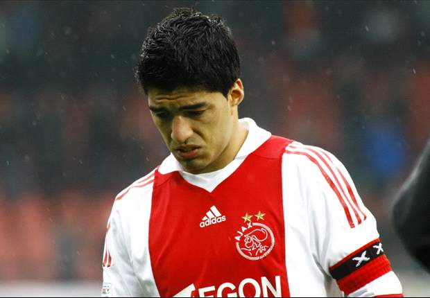 Manchester United priced out of move for Ajax striker Luis Suarez - report