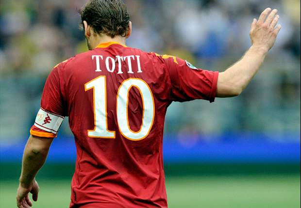 Roma Captain Francesco Totti Claims Red Card Was Revenge For Mario Balotelli's Actions At San Siro