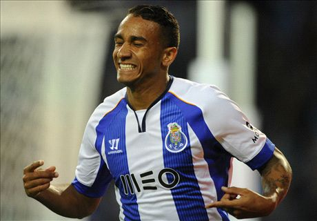Official: Danilo signs for Real Madrid