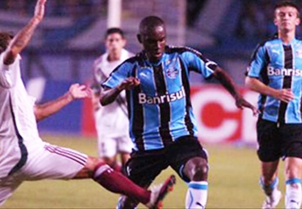 """Hugo é apresentado no Sport Recife: """"Vamos brigar pela parte de cima"""""""