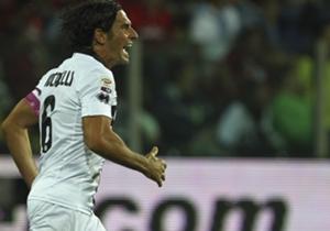 Lucarelli prova a difendere il Parma