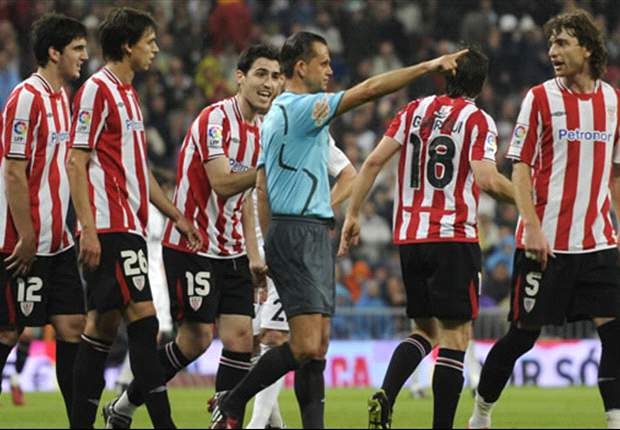 David Villa And Fernando Amorebieta Collect One-Match Bans For Dismissals During Athletic Bilbao - Barcelona Clash