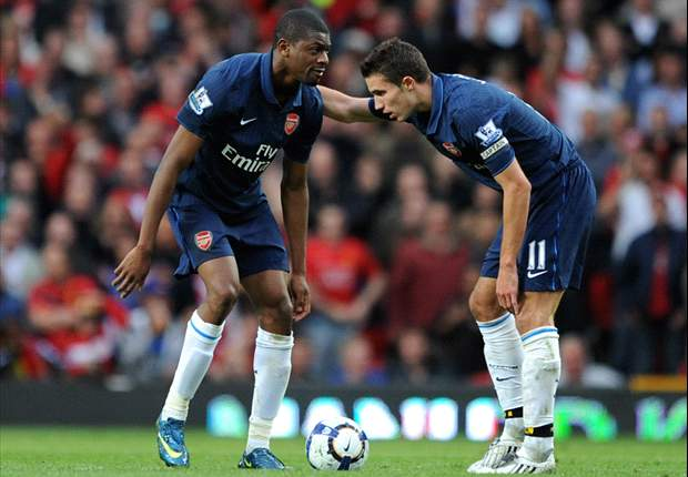 Abou Diaby & Robin van Persie involved in dressing room row during Arsenal's victory over Blackpool - report